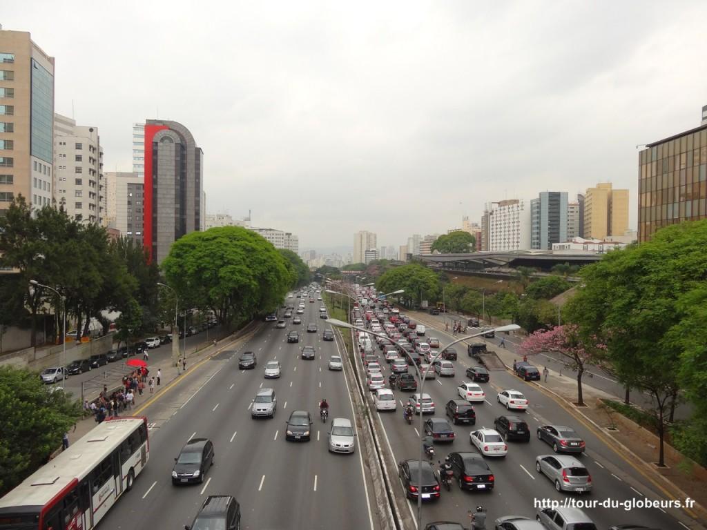 Brésil - São Paulo - Bouchon sur le périph