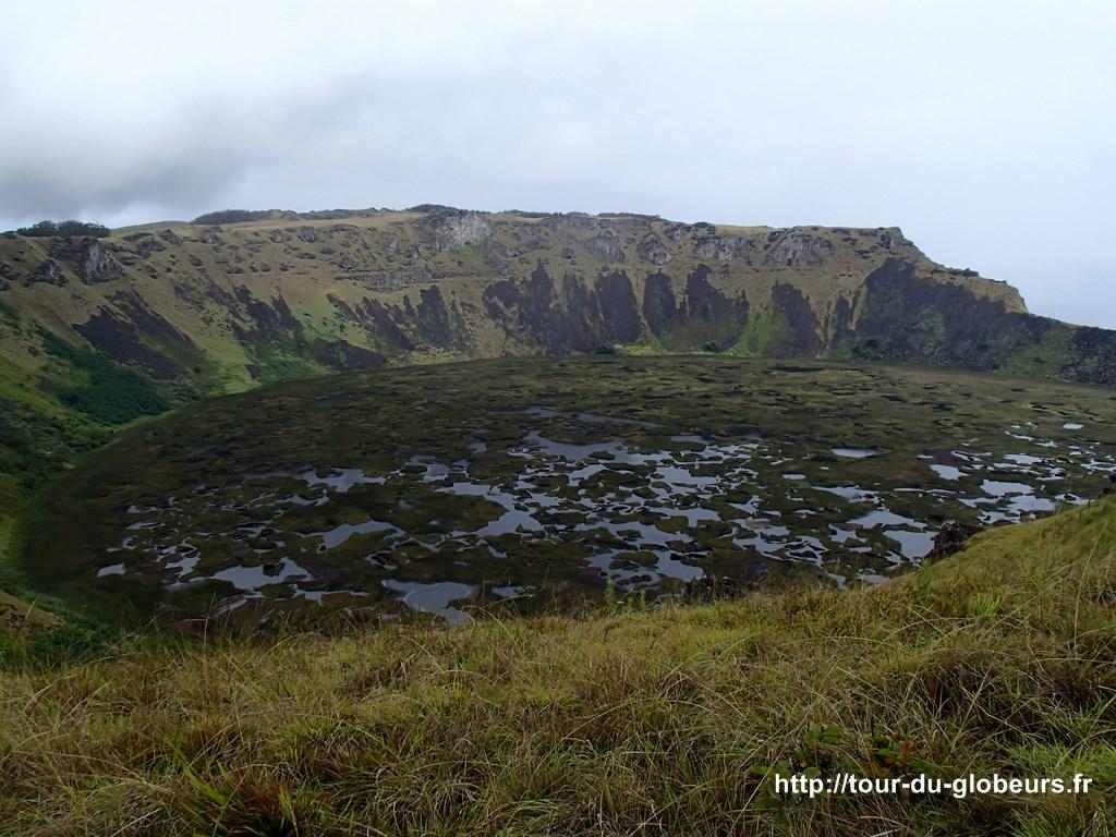 Chili - Ile de Pâques - Cratère du volcan