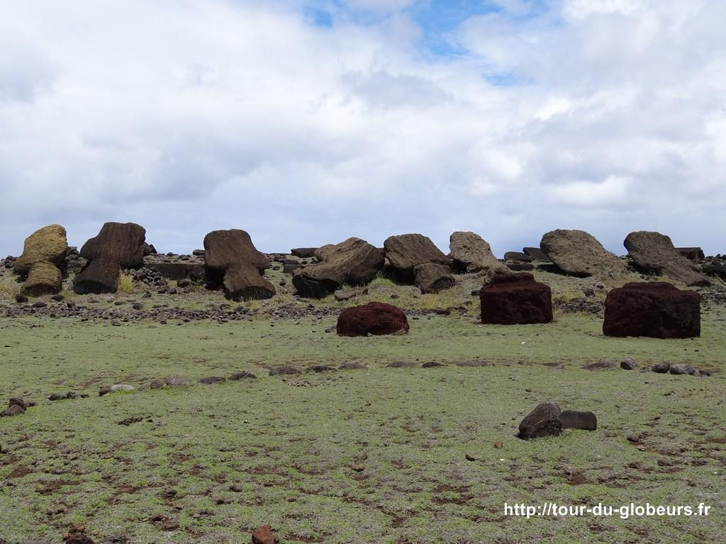 Chili - Ile de Pâques - Moaïs bourrés