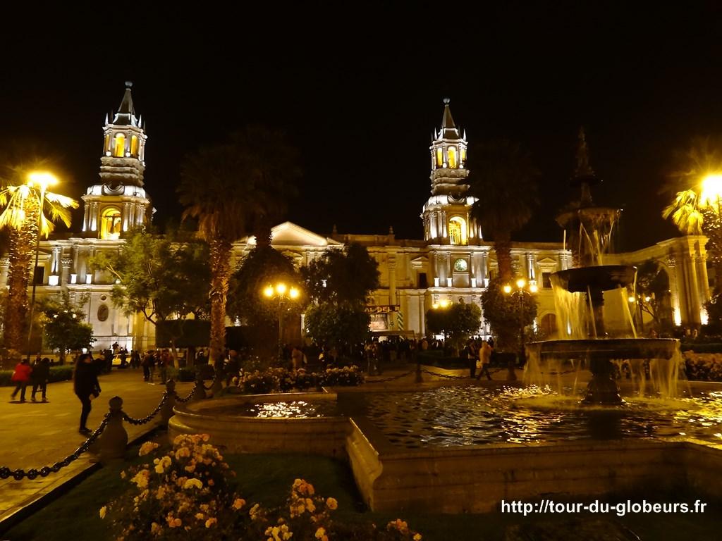 Arequipa - plaza de armas by night