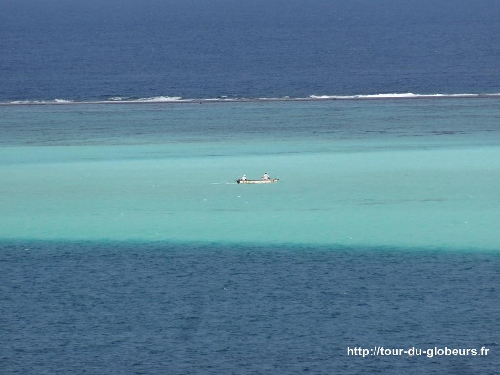 Huahine - le lagon : bleu,bleu et bleu