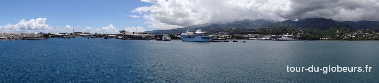 Aranui - Départ de Papeete - Vue sur le Port