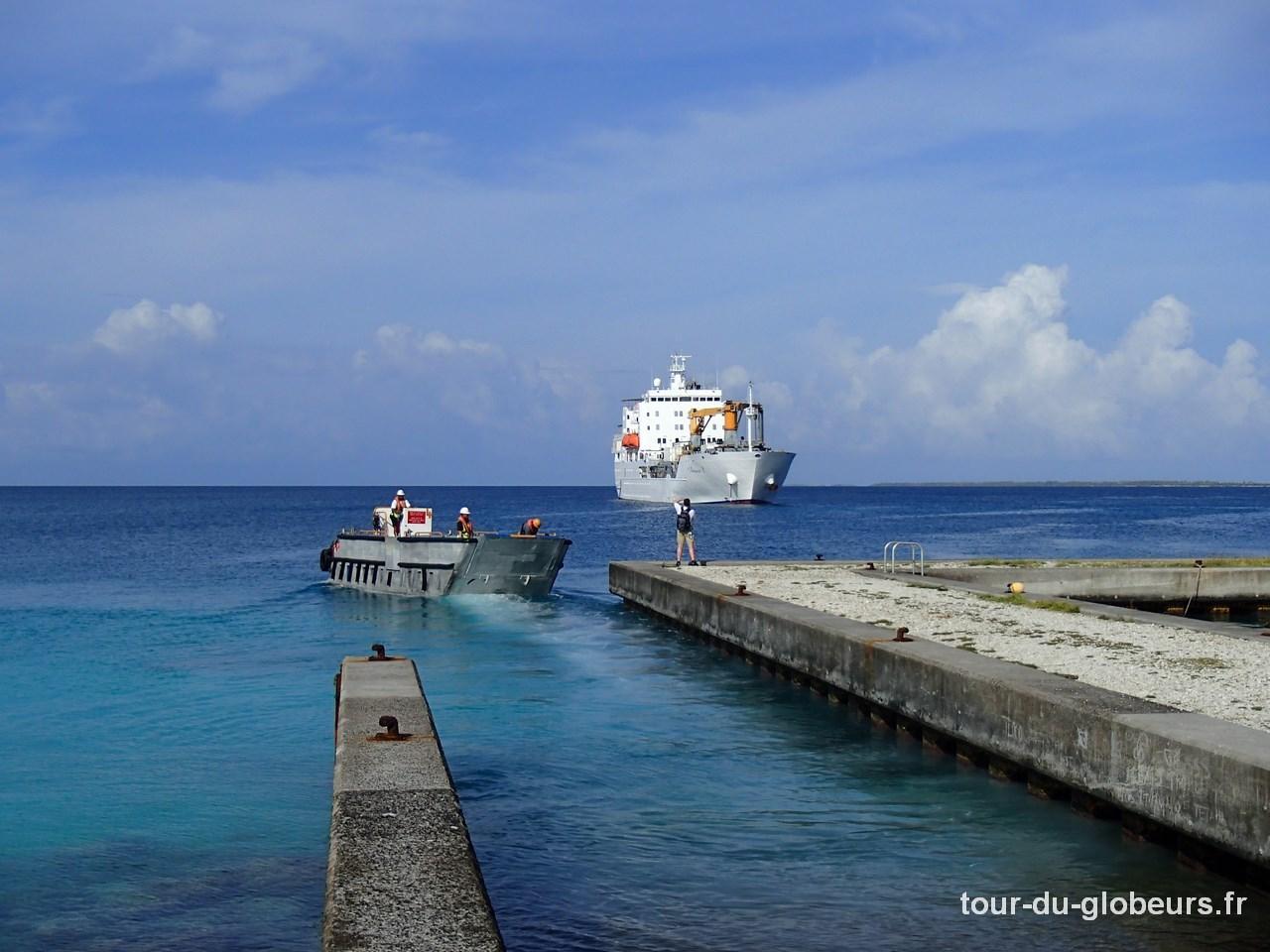 Marquises - Fakarava - Aranui 3 Barge