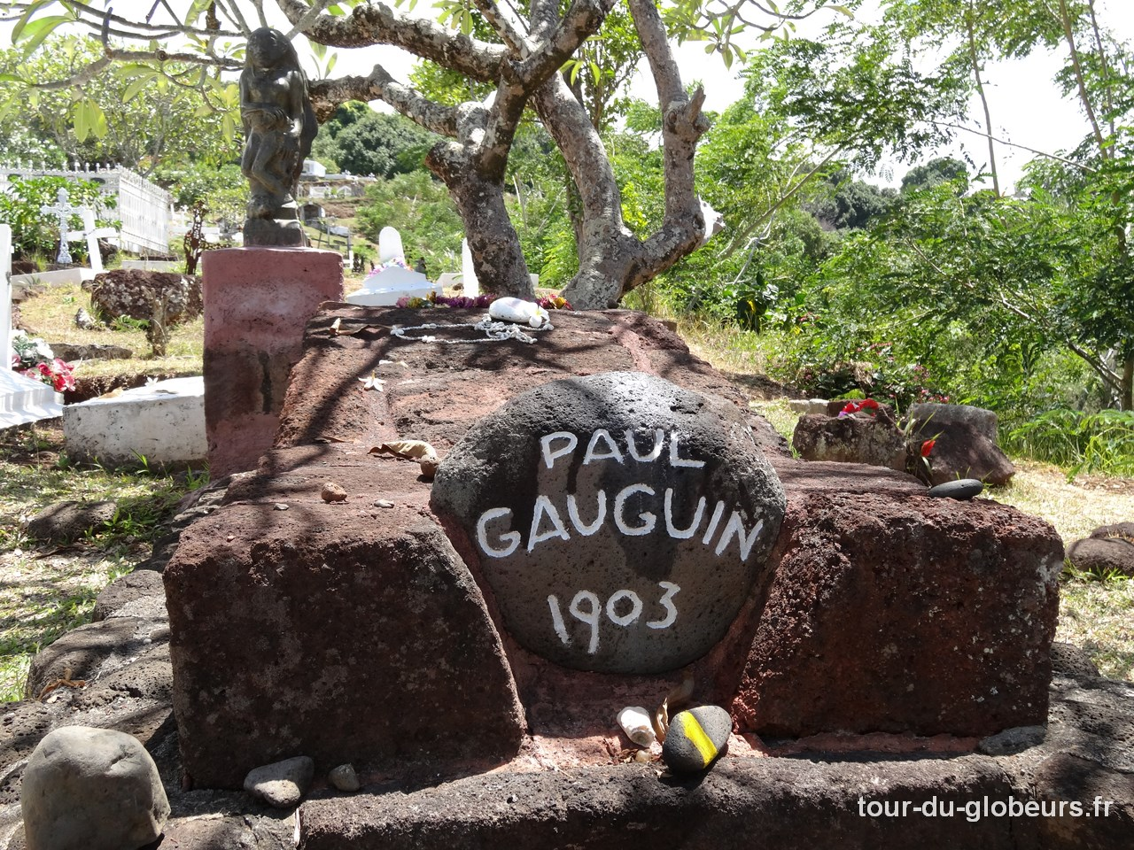 Marquises - Hiva Oa - Cimetière d'Atuona - Tombe Paul Gauguin