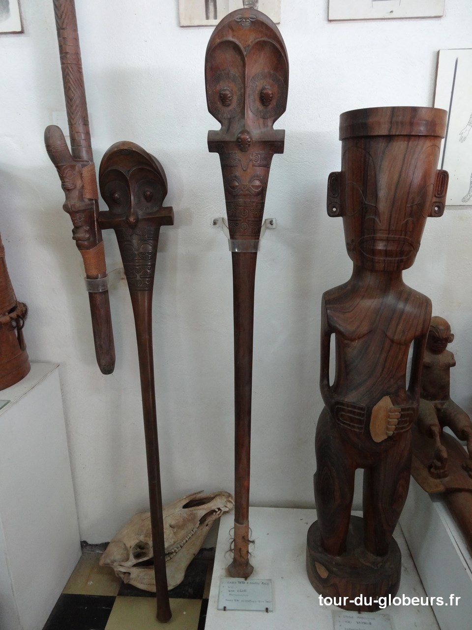 Marquises - Hokatu - Casse-têtes sculptés