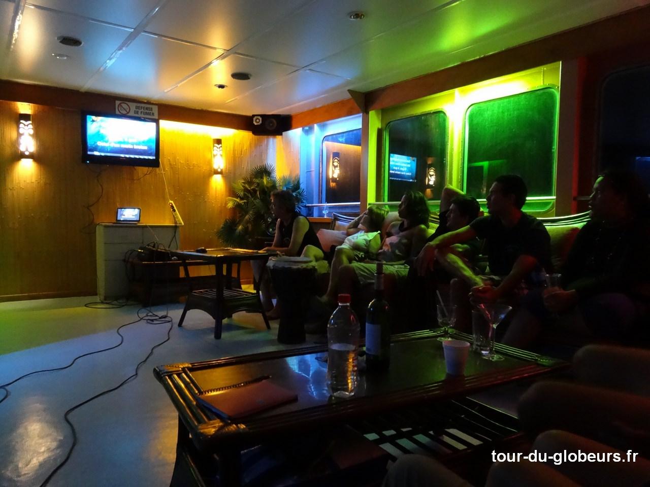Marquises - Aranui 3 - Salle karaoké
