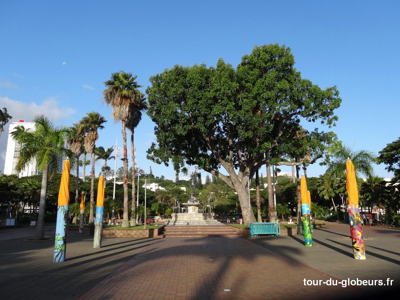 Nle - Calédonie - Noumé - Place Cocotiers
