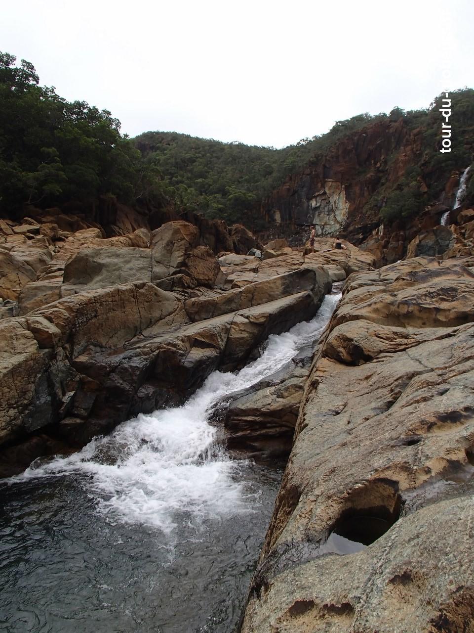 Nle-Calédonie - Nouméa - Baignade Barrage 1